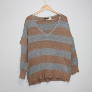 Urban Outfitters BDG Striped V-Neck Sweater sz XS
